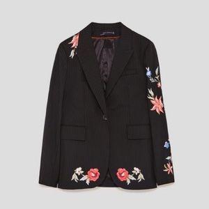 Brand new Zara blazer / slim fit